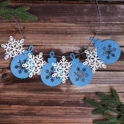 Набор для творчества - гирлянда своими руками 'Снежинки и шарики' пластиковая игла