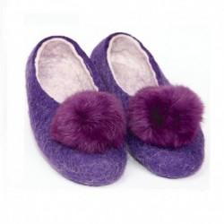 Войлочные тапочки с помпонами фиолетовые. Размер 39