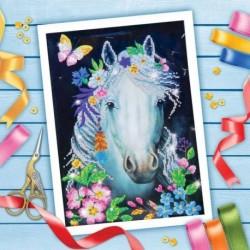 Вышивка бисером 'Белая лошадь', 25x35 см
