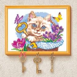 Вышивка крестиком на ключнице 'Кот', 21x15 см