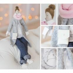 Интерьерная кукла «Бритни», набор для шитья, 18.9 x 22.5 x 2.5 см
