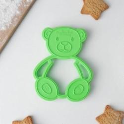 Форма для печенья и пряников 'Мишка', цвет зелёный