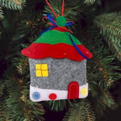 Ёлочная игрушка из фетра «Зимний домик»